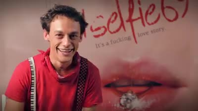 Intrebari traznite (1) pentru actorii din #selfie69