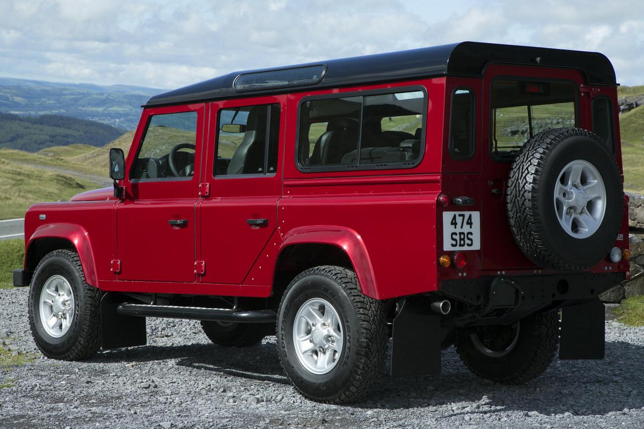 Land Rover Defender 2013 spate