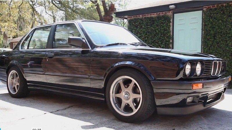 Cum se întreţine un BMW 325i E30 din 1987 ca să te ţină o viaţă - VIDEO