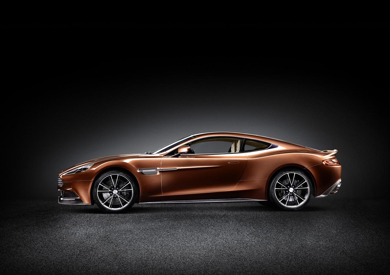 Aston Martin Vanquish - siluetă ultra agresivă