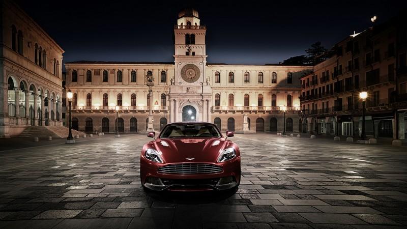 Aston Martin Vanquish, într-o MEGA GALERIE FOTO.